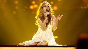 Emmelie-de-Forest-Denmark-Eurovision-2013-GETTY